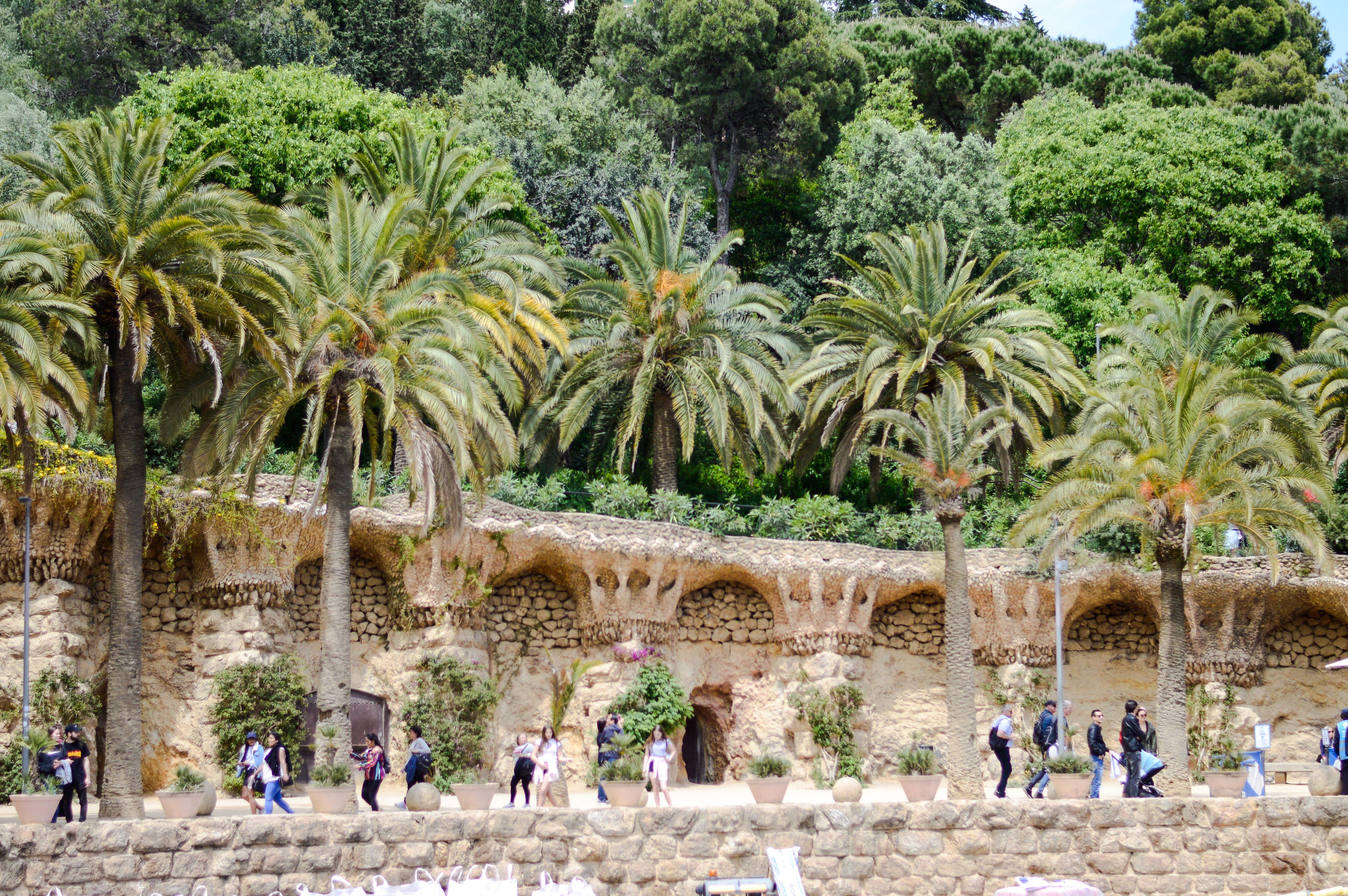 Fakty i ciekawostki o Hiszpanii - Park Guell - Kate Traveller - Blog Podróżniczy